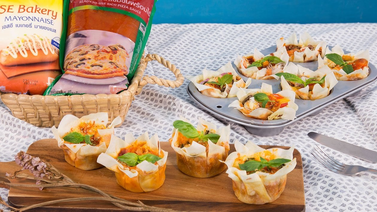 Crispy Basket with Seafood Pizza Sauce