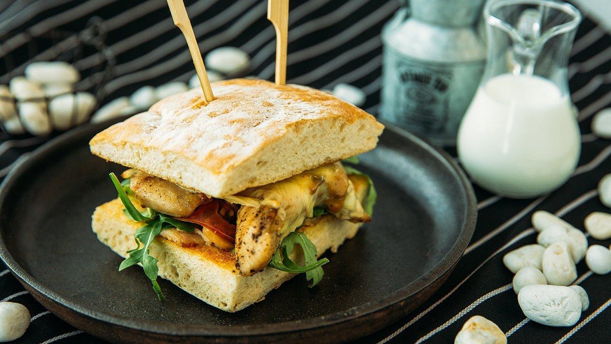 Asean chicken mushroom sandwich